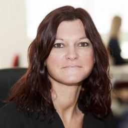Yvonne Kintoff