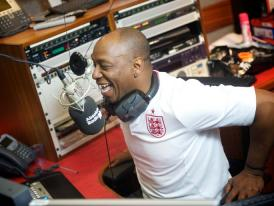 Ian Wright to host daily Rock 'N' Roll Football show